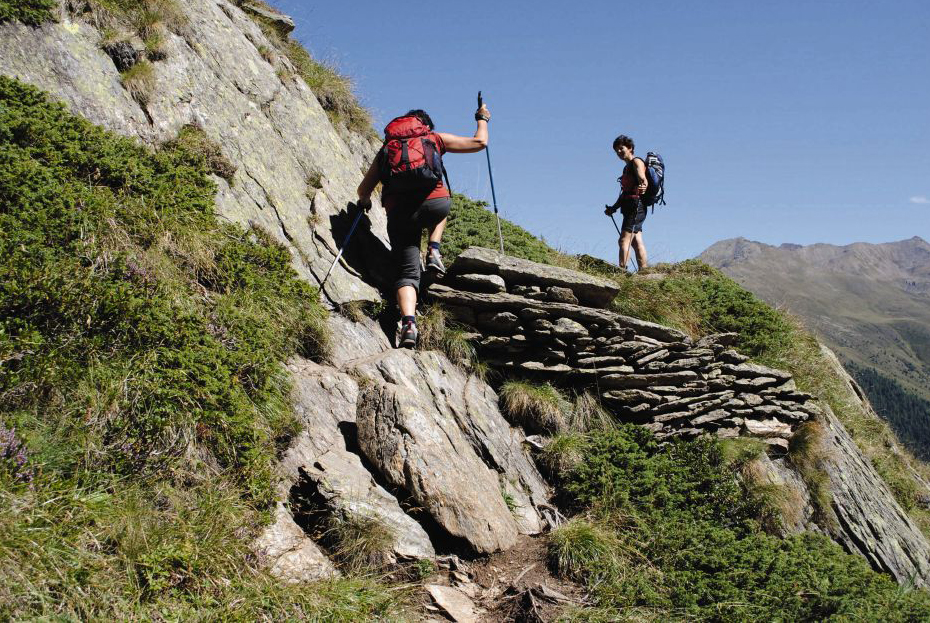 Hiking Gear Essential Tips