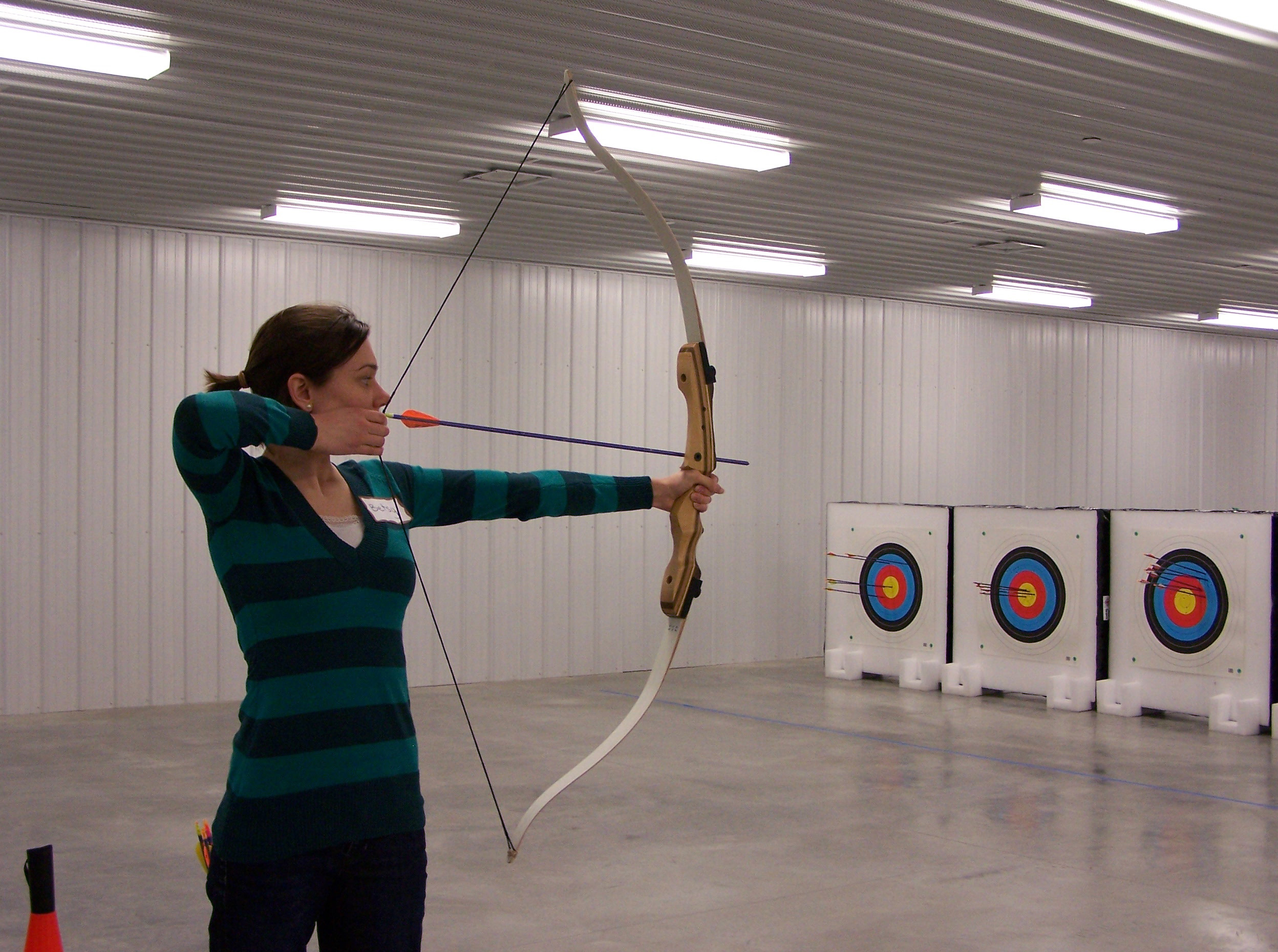shoot recurve bow